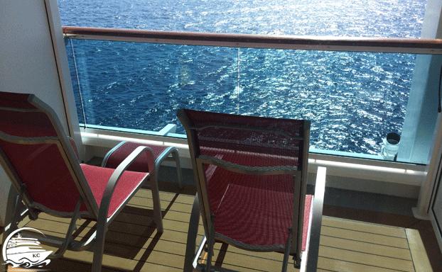 Balkon mit Glasbrüstung