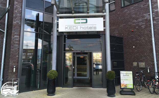 KEDI Hotel Papenburg - Eingangsbereich