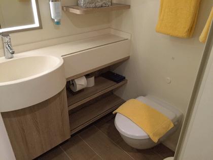 AIDAprima Innenkabine - WC Bereich
