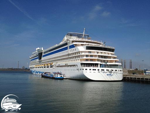 AIDAsol im Hafen