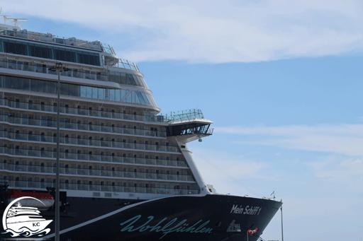 Mein Schiff 1 im Hafen