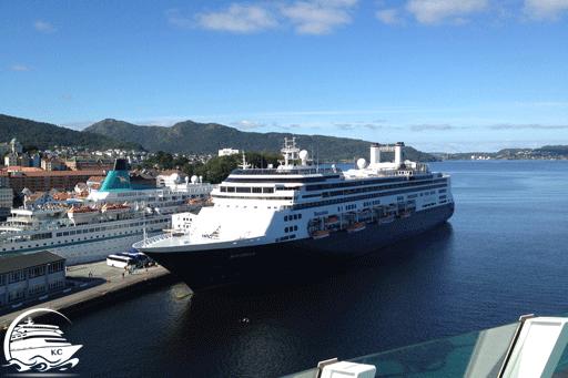 Kreuzfahrtschiffe am Kreuzfahrtterminal in Bergen