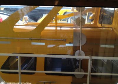 Rettungsboot versperrt die Sicht