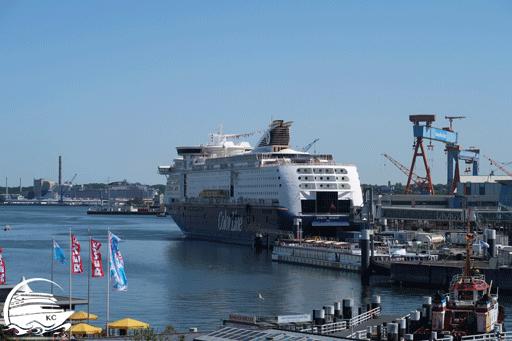 Blick auf ein Color Line Schiff am Norwegenkai in Kiel