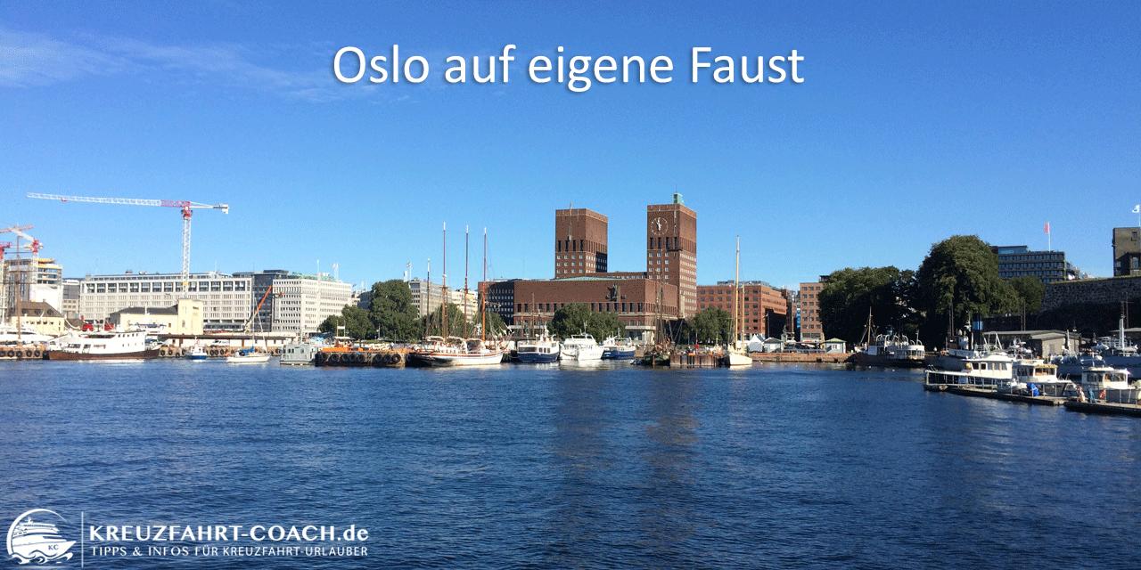 Blick auf das Rathaus von Oslo