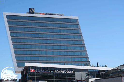 Blick auf den Office Tower am Schwedenkai Kiel